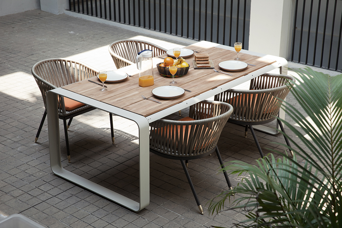 Modern Outdoor Aluminum Table Lebello Skin Outdoor Tables