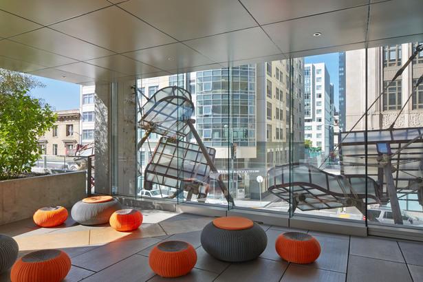 Ava 55 Ninth Apartments Lebello Outdoor Furniture