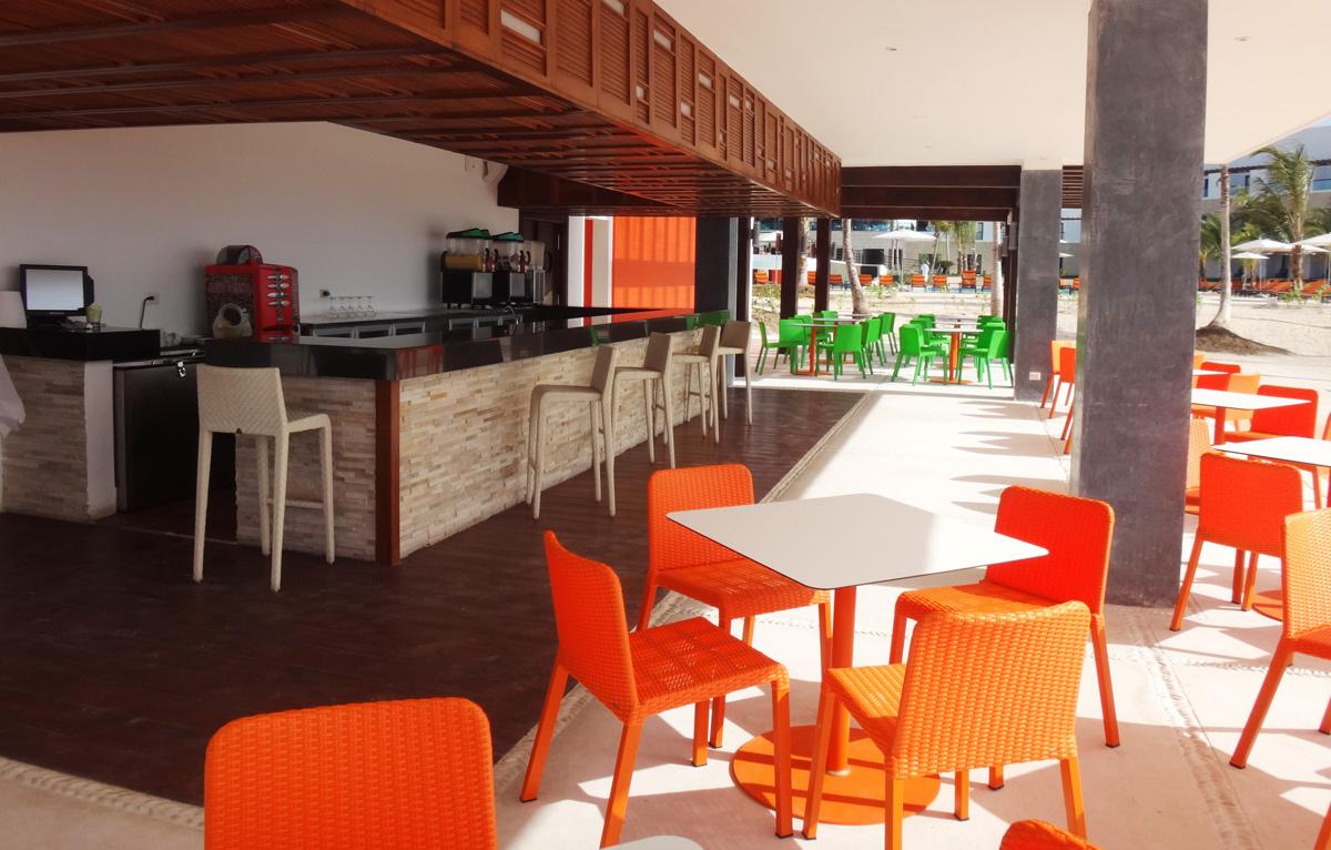 Caribya Beach Grill Restaurant Modern Outdoor Furniture