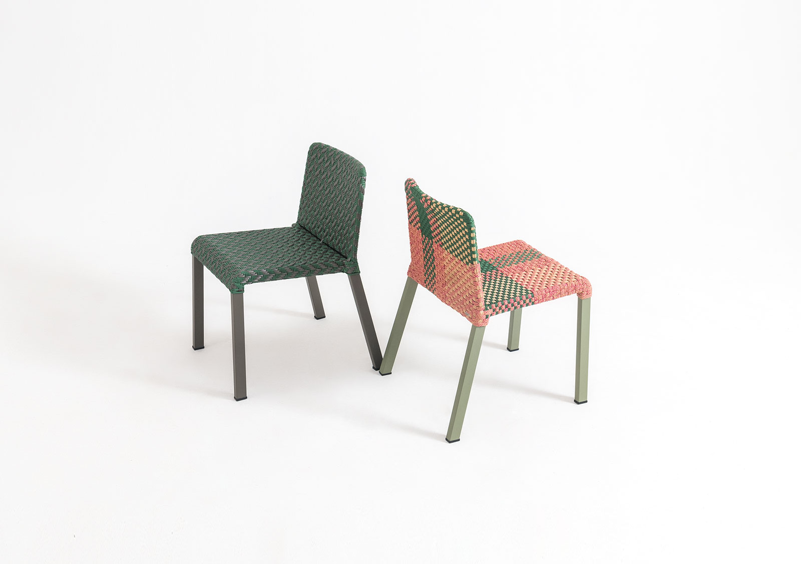 4L Arrow Chair