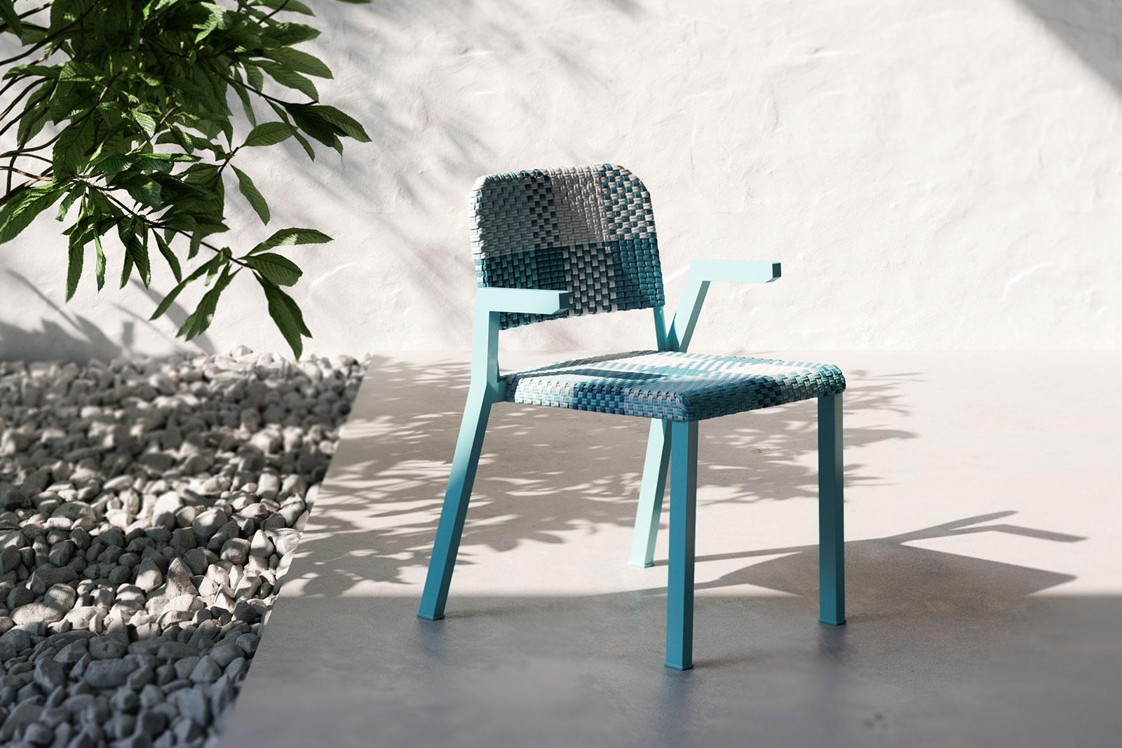 4L Pixie Arms Chair