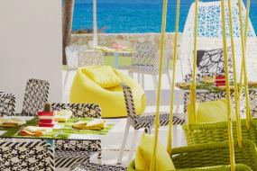 Mio Natural Snack Bar – Hilton Hotels & Resorts